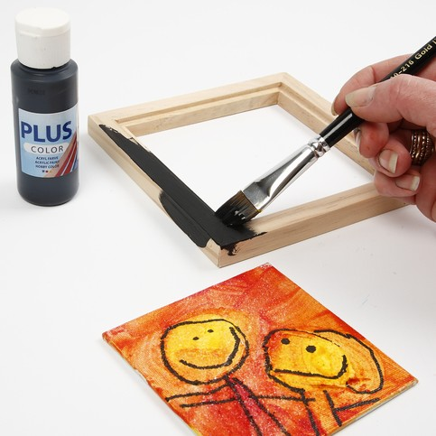 a picture on a canvas panel with structure paste
